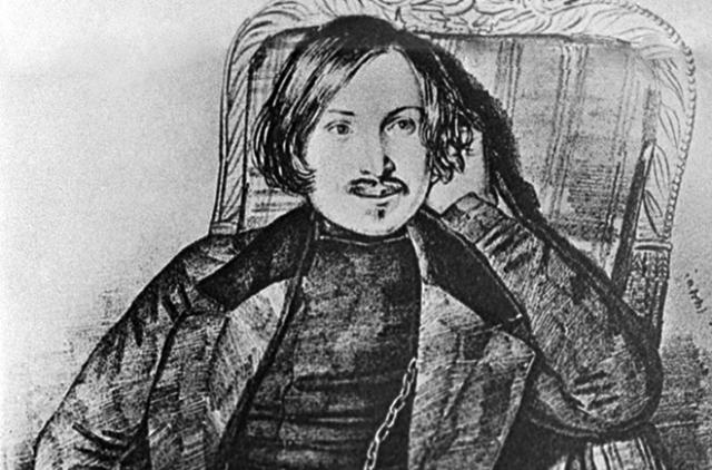Они часто встречались, но Гоголь так и не признался ей. Бедная девушка вышла замуж за дипломата и будущего губернатора Николая Смирнова. С Гоголем они остались друзьями, хотя сам писатель всю жизнь испытывал к ней нечто большее.