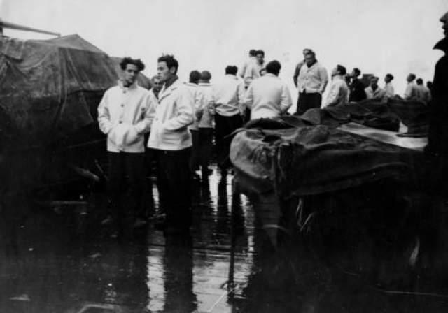 Линкор стал могилой для 1422 моряков. Англичане подобрали только 36 человек.