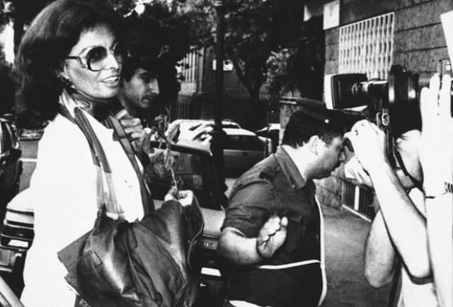 """Софи Лорен, 84 года. Лауреат премии """"Оскар"""" и почетная гражданка Неаполя в 1982 году на 17 дней загремела за решетку."""