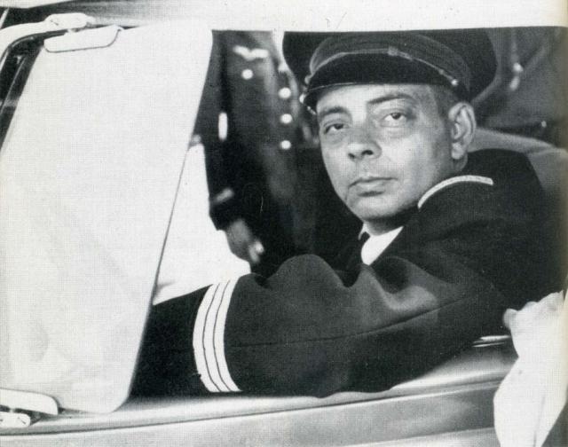 В мае 2000 года ныряльщик Люк Ванрель заявил, что на 70-метровой глубине обнаружил обломки самолета, возможно, принадлежавшего Сент-Экзюпери. Останки самолета были рассеяны на полосе длиной в километр и шириной в 400 метров.