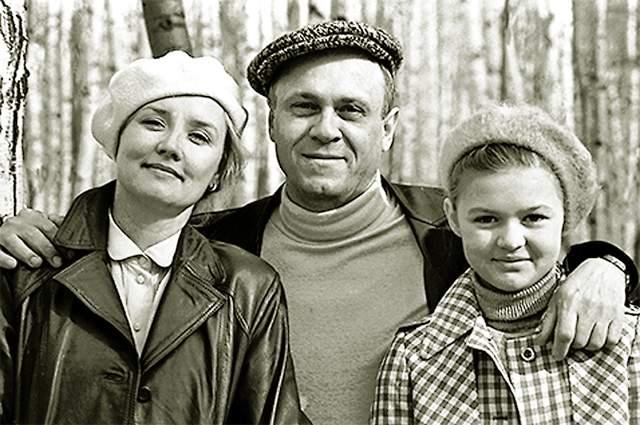 Вера Алентова, Владимир Меньшов и их дочь Юлия.
