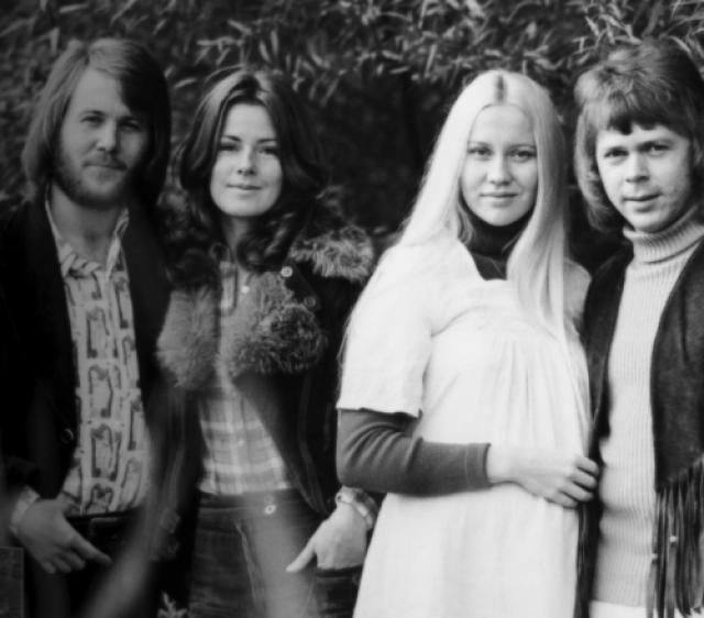 """Первый успех на родине к ним пришел в 1972 году после записи песни """"Людям нужна любовь""""."""