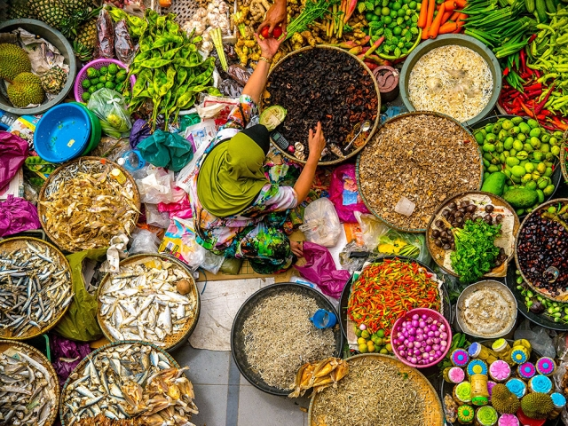 Рынок в Кота-Бару, Малайзия. Duratul Ain D., National Geographic Your Shot