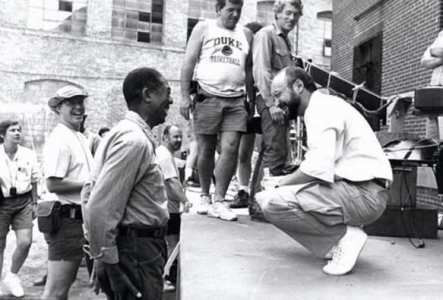 "Морган Фримен и Фрэнк Дарабонт на съемках фильма ""Побег из Шоушенка"", 1993 год"