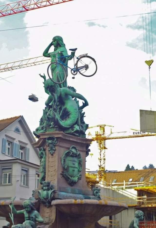 Спрячьте чей-нибудь велосипед