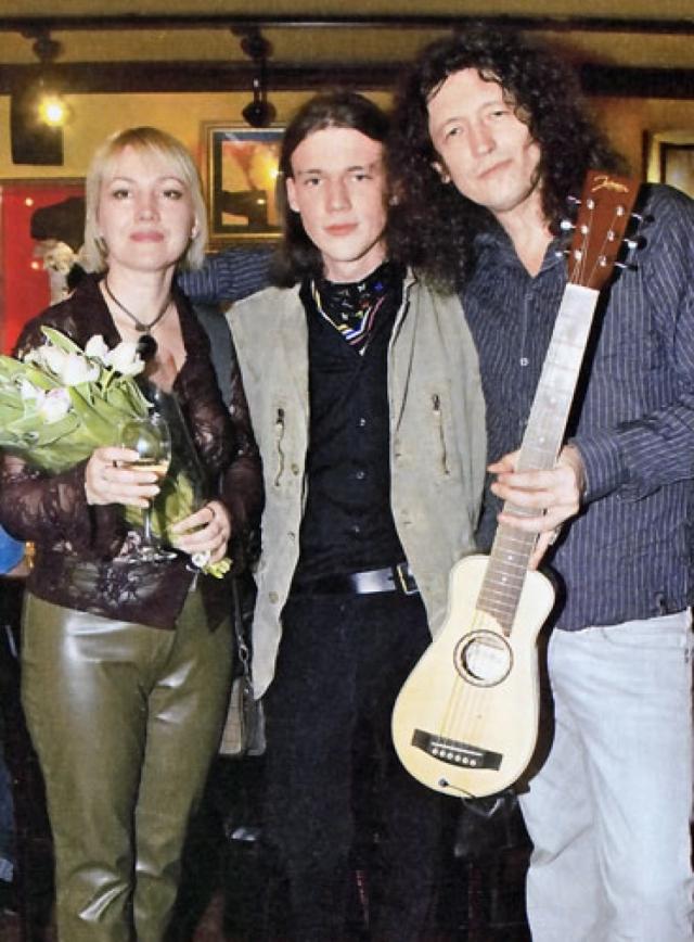 Сергей Галанин. Русский рокер женился аж в 1982 году, причем со своей женой был знаком еще со школьной скамьи.