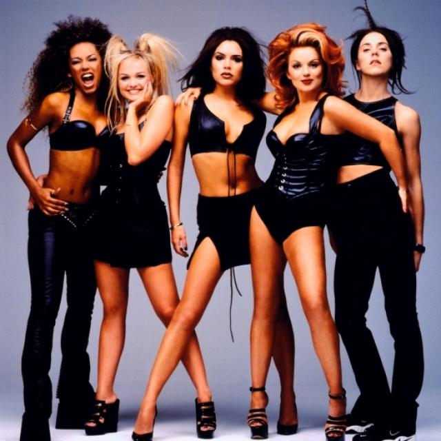 Spice Girls выпустили 3 студийных альбома, проданных по всему миру суммарным тиражом свыше 75 миллионов копий.