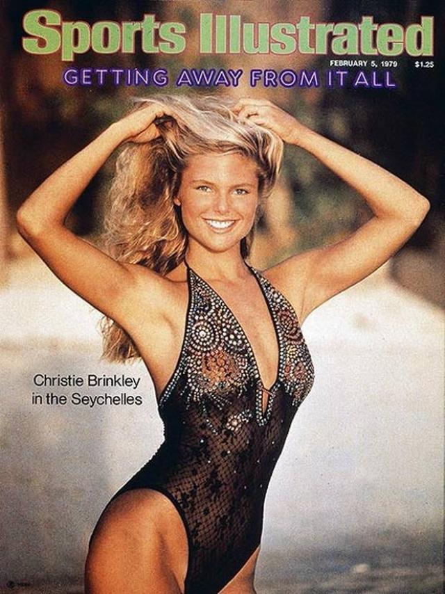 """Девушка прославилась своими обложками для журнала """"Sports Illustrated Swimsuit Issue"""" в конце 70-х, а в течение 25 лет была лицом CoverGirl."""