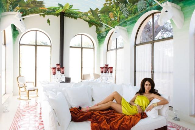 Выйдя замуж, сербская топ-модель ушла с подиума и полностью посвятила себя семье.