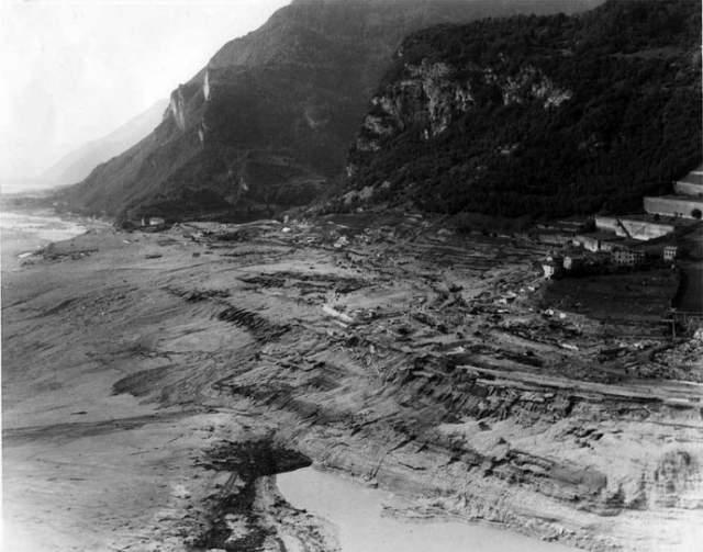 Все пострадавшие в катастрофе получили от итальянского правительства компенсации за нанесенный ущерб. Причем руководство страны разработало специальную программу, которая должны была не просто оказать материальную помощь, но и стимулировать продолжающуюся индустриализацию региона.