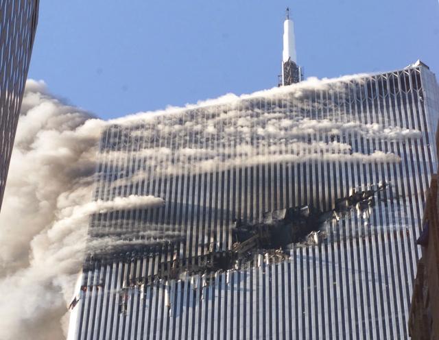 3.Номер рейса первого самолетаAmerican Airlines,атаковавшего башню ВТЦ-1, был 11.