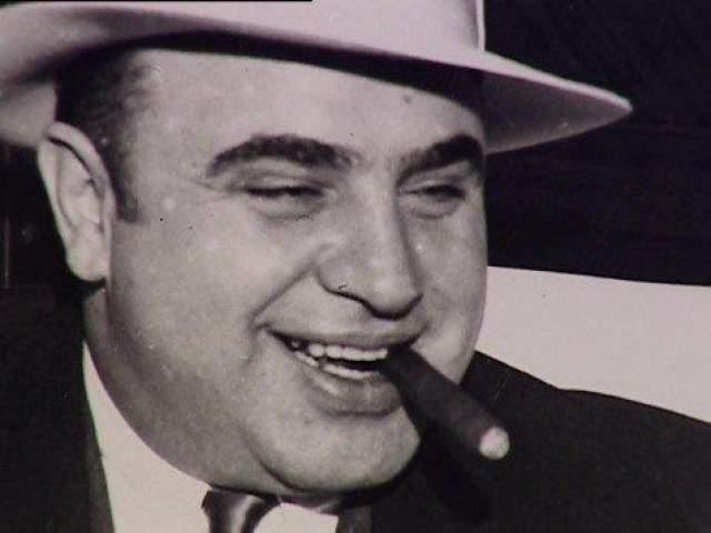 Ее пели в народе, использовали в своем репертуаре уличные музыканты... А в 2009 году копия нот и текста данной композиции были проданы за 65 тысяч долларов! Их владельцем стал один из участников фан-клуба Аль Капоне.