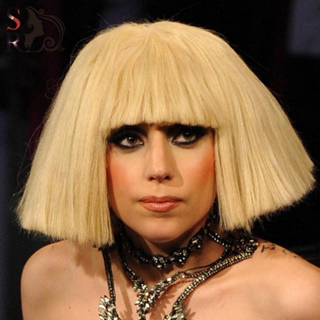 Не только в концертных образах, но даже в поездку в супермаркет, Гага может надеть парик.