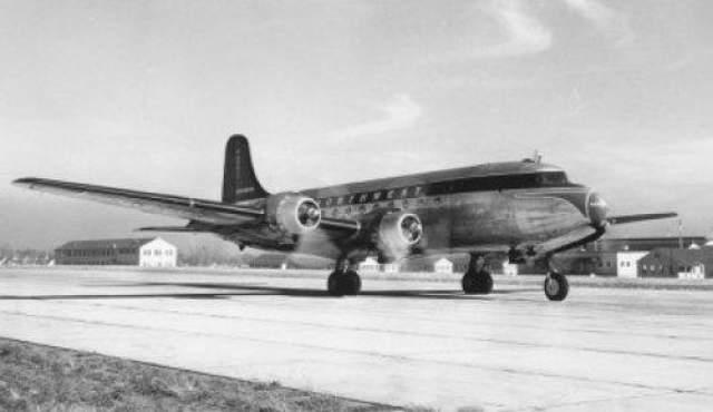 """Мичиганский треугольник Мичиганский треугольник является местом таинственных исчезновений наземной и воздушной техники. Самым известным случаем исчезновения является загадочная пропажа капитана Доннера. 28 апреля 1937 года грузовое. судно """"Макфарланд"""" шло по рейсу из Эри (штат Пенсильвания) в Порт-Вашингтон (штат Висконсин). Путь судна пролегал через треугольник."""
