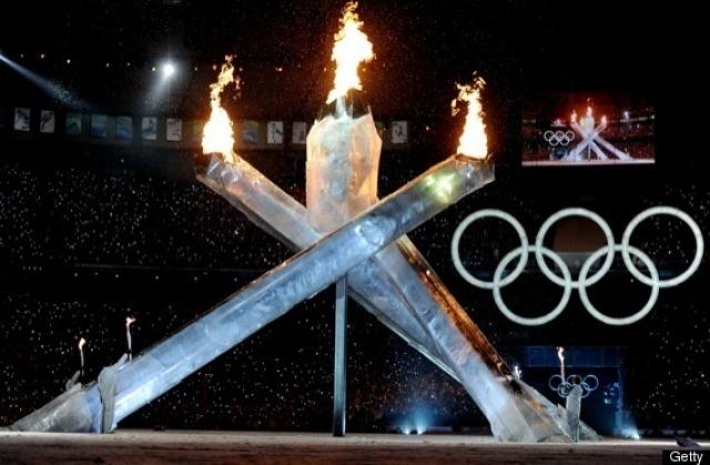 Ванкувер-2010. Несмотря на грандиозные приготовления, которые провели канадцы к церемонии открытия, их подвели механизмы, вышедшие из строя по неизвестным причинам.