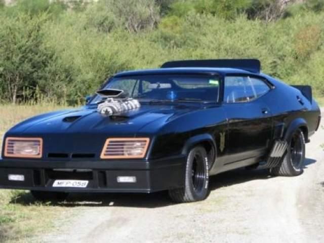 "Ford Falcon GT 1973 года ""Безумный Макс"" (1979)."