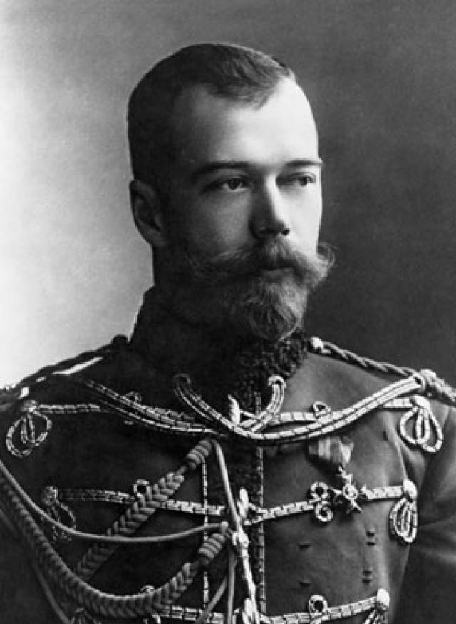 """Николай II, видимо, знал пророчество не только о своей трагической участи, но и о ее сроках, так как, по свидетельству приближенных, неоднократно говорил: """"До 1918 года я ничего не боюсь""""."""