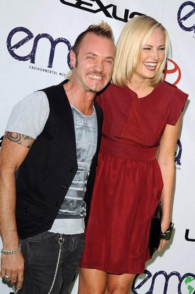 Малин Акерман и Роберто Цинконе. Канадская актриса и модель на протяжении шести лет состояла в счастливом браке с итальянским барабанщиком (с 2007 до 2013 года).