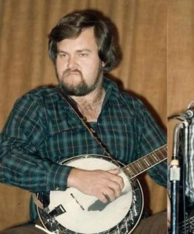 """Мерл Уотсон Звезда американской фолк-музыки в дуэте с отцом получил две премии """"Грэмми"""" и был одним из самых заметных исполнителей 70-х."""