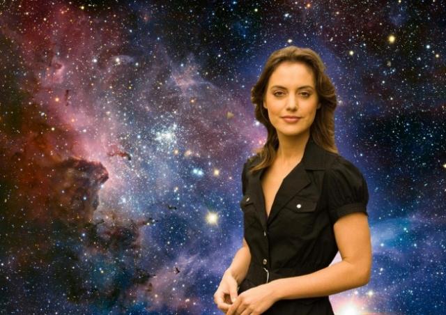 Эми Майнцер Доктор философии в области астрономии. Ее именем назван один из астероидов.