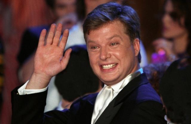 """Позже Пельш был участником группы """"Несчастный случай"""" и дебютировал на ТВ в программе """"Угадай мелодию""""."""