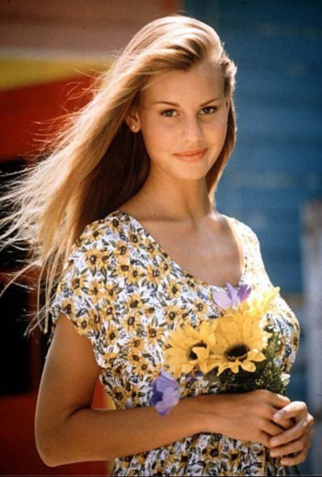 Кристен стала регулярно появляться на обложках популярных американских журналов для тинейджеров. Второго июля 1995 года она была обнаружена сестрой без сознания. Причиной смерти оказался приступ астмы, осложненный внезапной аритмией.