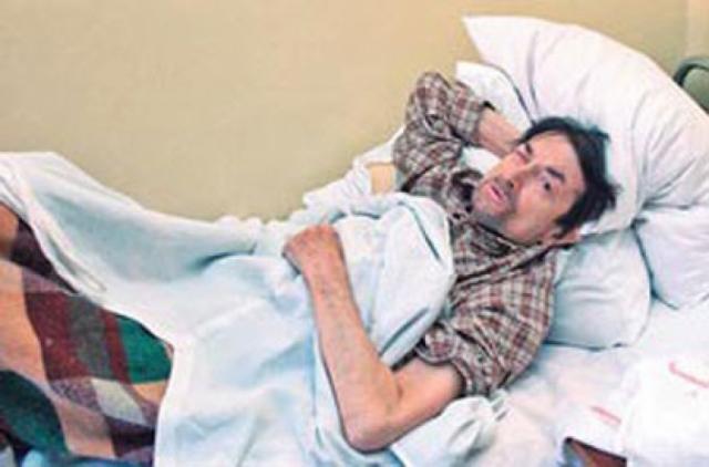 Георгий Вицин скончался 22 октября 2001 года (по другим источникам - 23 октября) в одной из московских больниц. Причиной смерти актера стали хронические заболевания печени и сердца.