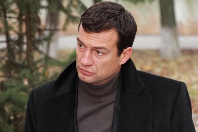 Брутальный Чернышов - один из самых востребованных актеров. Его охотно зовут в различные сериалы и телепроекты.