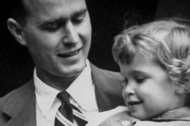 Джордж Буш-старший потерял дочь Робин, которая умерла от лейкемии в четырехлетнем возрасте.