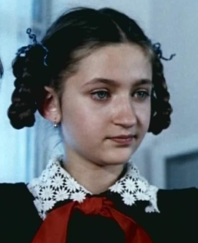 Валерия Солуян (Зоя Кукушкина). Исполнительница роли вредины и ябеды с косичками актрисой также не стала.