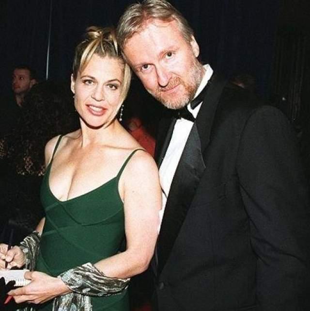 Не пострадал кошелек режиссера и при разрыве с двумя последующими женами. А вот четвертая супруга - актриса Линда Хамилтон - задала знатную финансовую трепку. На фото: Джеймс Кэмерон и Линда Хамилтон в 1998 году