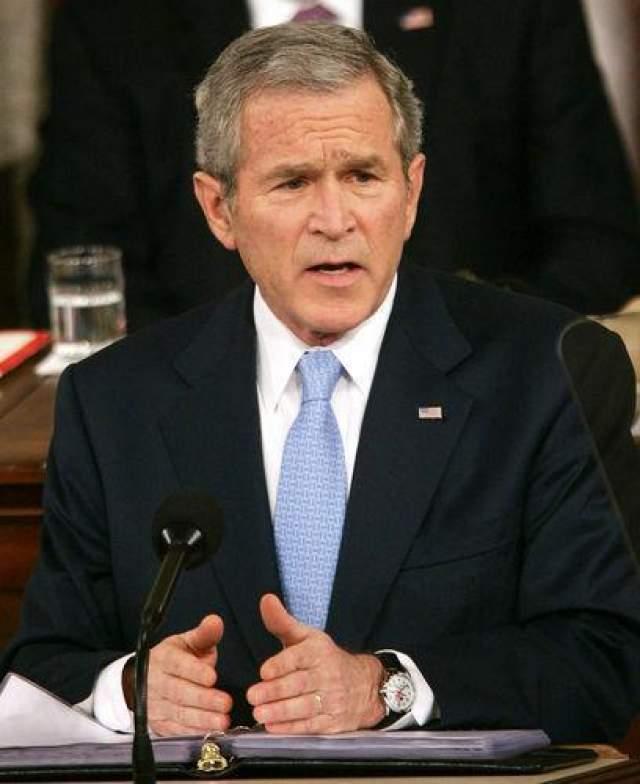 Джордж Буш мл. Американский политик, экс-президент США IQ=125