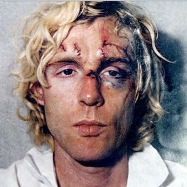33-летний житель Ливерпуля был арестован, Харрисон и его жена Оливия задержали его до приезда полиции. Оба супруга попали в больницу, однако серьезно не пострадали. Нападавшего Марка Абрама сочли психически невменяемым.