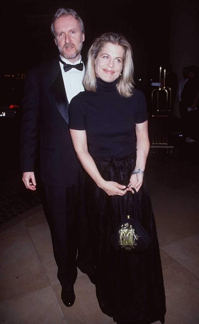 """Линда Хэмилтон У актрисы, сыгравшей Сару Коннор, было два звездных мужа. В браке с Брюсом Эбботом родился сын Дэлтон, но брак распался из-за частых депрессий актрисы. Вторым мужем Линды стал режиссер Джеймс Кэмерон, отношения с которым завязались во время съемок фильма """"Терминатор-2. Судный день""""."""
