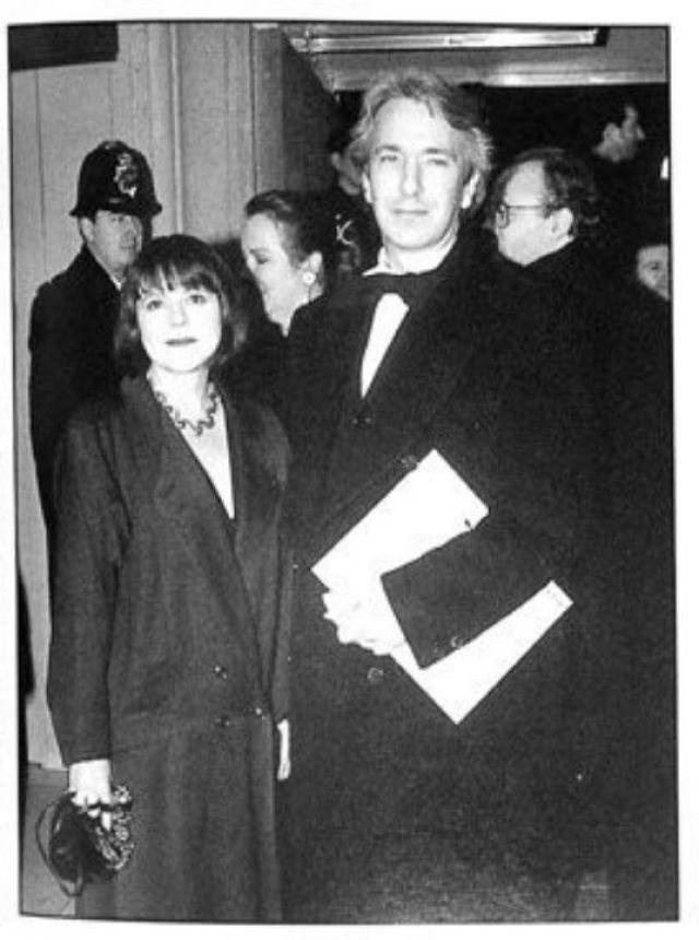 Алан Рикман. С 1977 года актер жил вместе с Римой Хортон, с которой он познакомился в 1965 году, когда ему было 19, ей - 18.