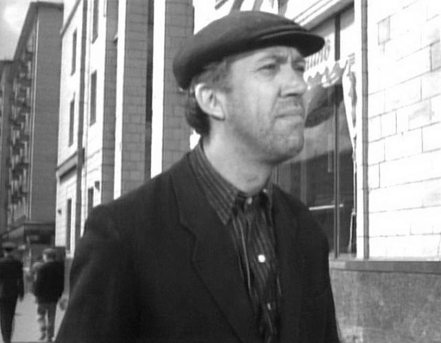 """Уже в 1961 году он доказал, что способен сыграть серьезную драматическую роль, блестяще исполнив Кузьму Иорданова в фильме """"Когда деревья были большими"""". И это не единственное появление Никулина в жанре драматического кино."""