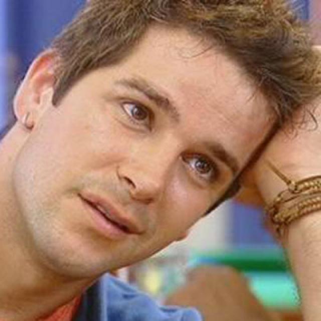 """Мурилу Бенисиу. Сорокачетырехлетний актер стал звездой бразильского телевидения именно благодаря сериалу """"Клон""""."""