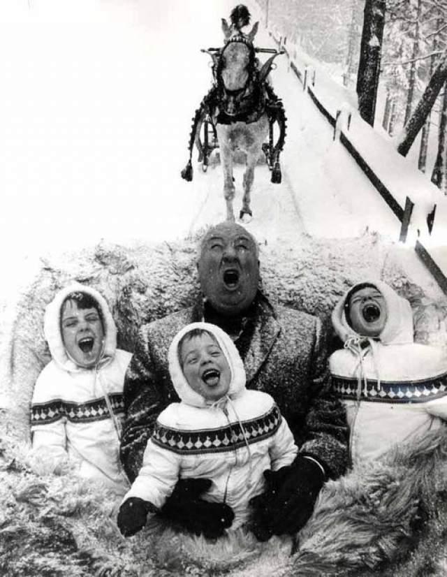 Альфред Хичкок с сыновьями.