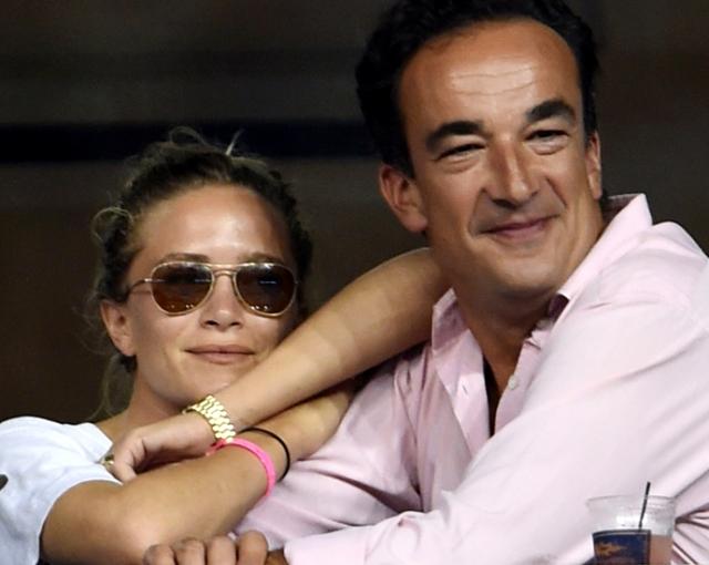 Мэри-Кейт Олсен и Оливье Саркози. Одну из звездных близняшек и сводного брата экс-президента Франции явно не смущает ни разница в росте, ни разница в возрасте — 17 лет.