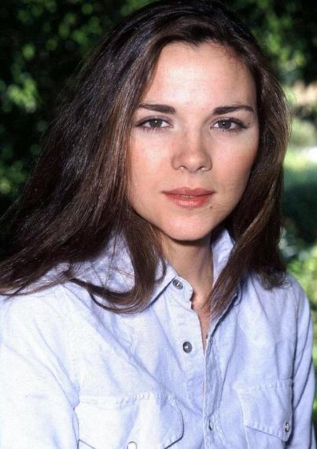 Было время, когда актриса ходила на кастинги, как на работу, да только все безуспешно – роли, которые, как ей казалось, были написаны специально для нее, отдавали другим.