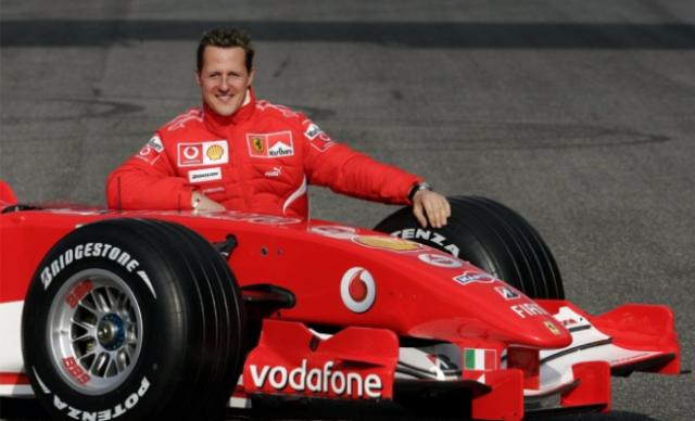 Михаэль Шумахер. Король Формулы-1 во время своей выдающейся карьеры побил множество рекордов в самых популярных в мире автогонках.