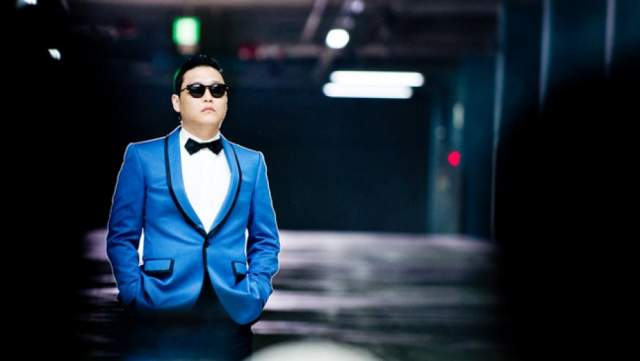"""PSY – """"Gangnam Style"""", 2012 год. В 2019 году просмотрами в количестве одного миллиарда мало кого удивишь, а вот в 2012-м такого результата добился только эксцентричный кореец PSY. Кроме яркого ролика, """"Gangnam Style"""" открыл миру жанр K-pop."""