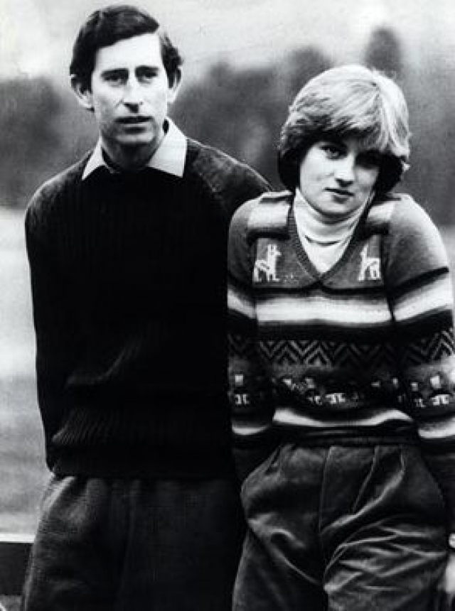 Зимой 1977 года, перед тем как уехать на обучение, Диана впервые встретила будущего мужа - принца Чарльза, - когда тот приезжал в Элторп на охоту.