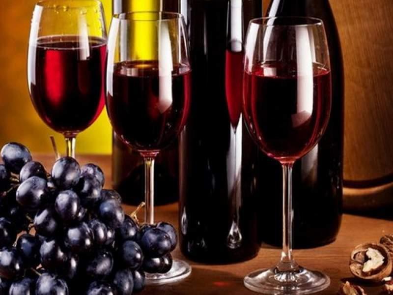 Новости дня: Ученые назвали неожиданную пользу красного вина