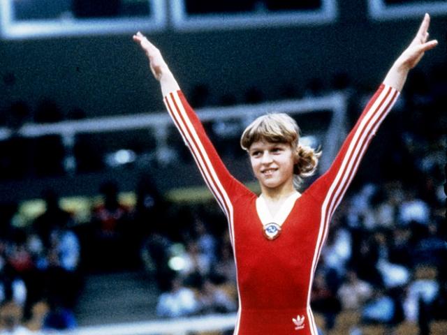 Ольга Мостепанова должна была стать героиней Игр в Лос-Анджелесе, поскольку выигрывала с триумфом все основные соревнования тех лет. Не попав на Олимпиаду, в 16 лет Ольга ушла из спорта.