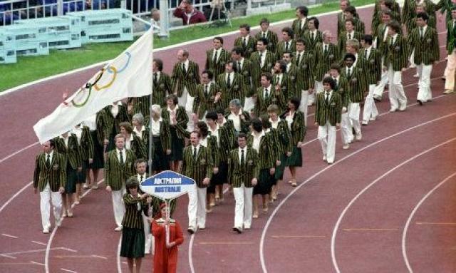 Китай также планировал принять участие в летних Играх за несколько десятилетий, но бойкотировал Олимпиаду.