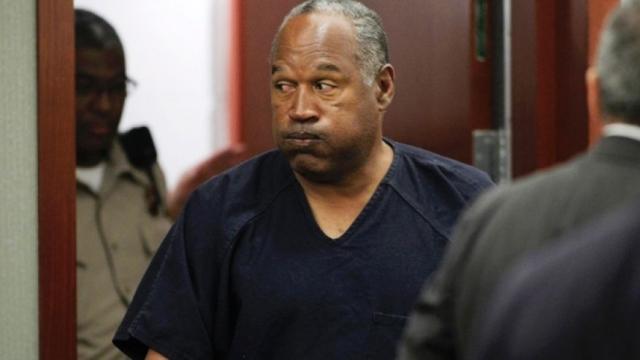 Тем не менее, сейчас Симпсон все-таки находится в тюрьме по обвинению в вооруженном ограблении и похищении человека.
