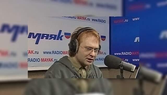 """Роман Трахтенберг (Горбунов), 1968-2009. Теле- и радиоведущий, актер и шоумен скончался в результате сердечного приступа, который начался во время эфира на радио """"Маяк""""."""