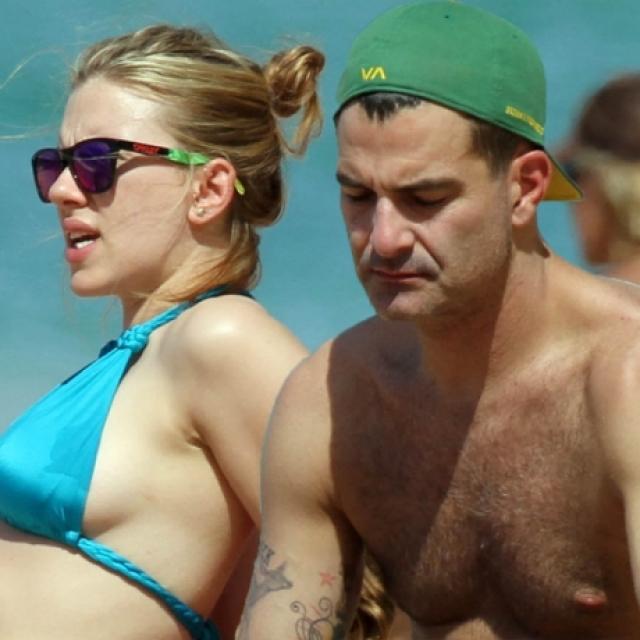 В феврале 2012 года в жизни актрисы появился Нейт Нейлор - руководитель крупной рекламной компании. Мужчина даже переселился в роскошную квартиру звезды на Манхэттене. Отношения пары продлились всего полгода - до осени 2012 года.