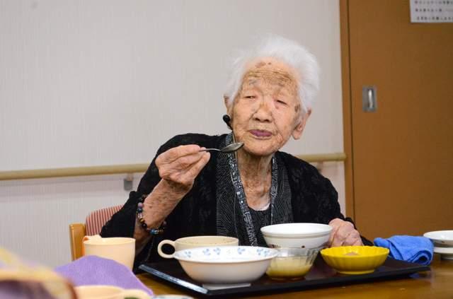 Бонус: Канэ Танака, родилась 2 января 1903 года. Сейчас японке 116 лет и 48 дней, и она до сих пор жива-здорова.